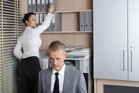 Büro und Aktenordner